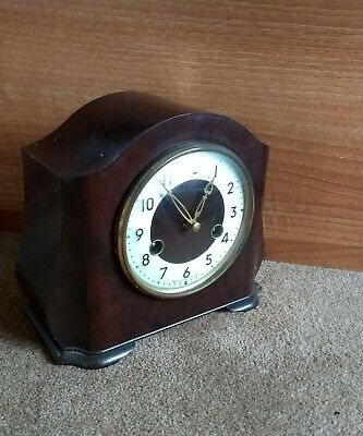 A VINTAGE BAKELITE SMITHS ENFIELD MANTEL CLOCK * 1931 example***