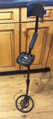 Amzdeal Lightweight Metal Detector with All-Metal & Discrimination Function.