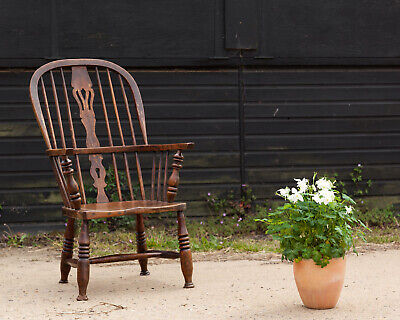 Antique Elm and Ash Windsor Armchair