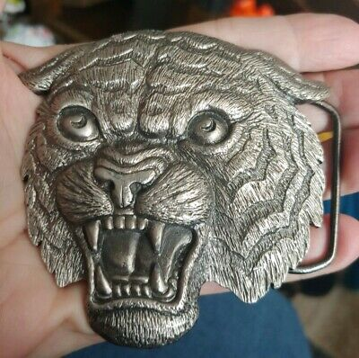Vintage silver tone 1980 growling Tiger head Metal Belt Buckle C
