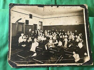 Late Victorian 1880-1900 ONE ROOM SCHOOL Classroom Students & Teacher Real Photo