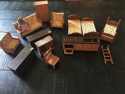 Maple Town Bandai Dollhouse Furniture Couch Beds Oven Door Does Not Stay Closed