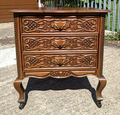 Vintage French oak Louis XIV Chest of Drawers / Sideboard