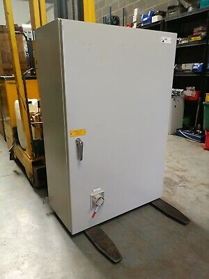 Steel Industrial Electrical Enclosure 800 x 1200 x 400 With Isolatotor