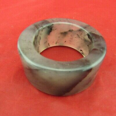 Chinese jade hand carving Exquisite jade ring Play pieces D1043