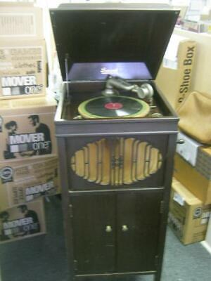 Antique Brunswick Phonograph Record Player Model No. 207 with crank handle