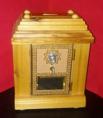 Vintage BEAUTIFUL handcrafted Wood & Brass Mailbox Post Office Combo Door Bank