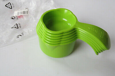 NEW Tupperware Measuring Cup Set Easy Grip Handles Chartreuse GREEN Modern HTF