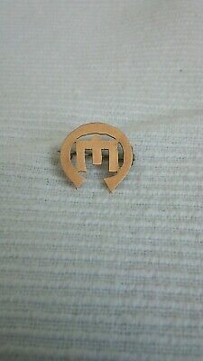 9ct gold brooch hallmarked 1897 masonic church of England ? UK detecting finds