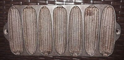 Antique Cast Iron Cornbread Stick Pan Mold 7 Ear Corn Bread Sticks Vintage