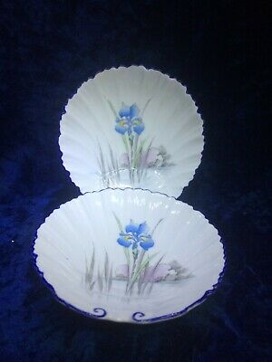 """Vintage """"Shelley"""" Porcelain Set of 2 Dishes, Shell Shape and Stand"""