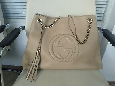 56799137385d4e 100% Authentic GUCCI Soho chain Tote Bag Beige pebbled leather Large size