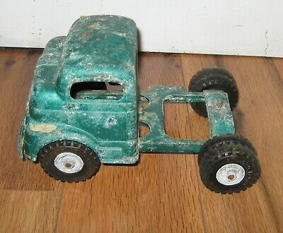 Vtg Pressed Steel Structo Diecast Cab Semi Tractor Toy Truck Overland Freight