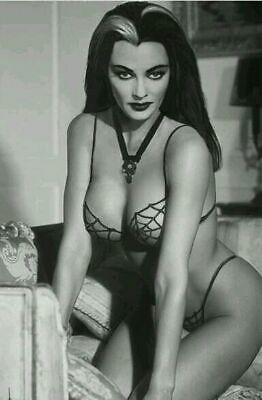Yvonne De Carlo Lily The Munsters Sexy Beautiful Haze Glossy 5x7 Photo