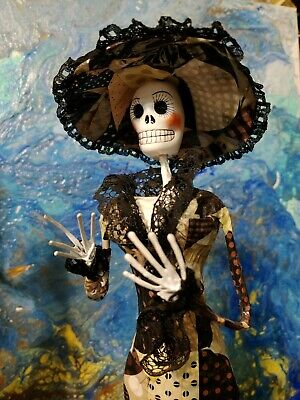 Catrina Mexican Doll Day of Dead Paper Mache Dia de los Muertos Folk Art #135
