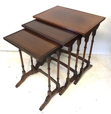 Mahogany Spider Leg Nest of 3 Occasional Coffee Tables : Antique Style