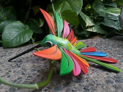 Extraordinary Oaxacan Wood Carving Hummingbird, By Lucia Vazquez. PP1102