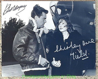 WAR LOVER Photo 8x10 ROBERT WAGNER SHIRLEY ANNE FIELD Autographed By Both