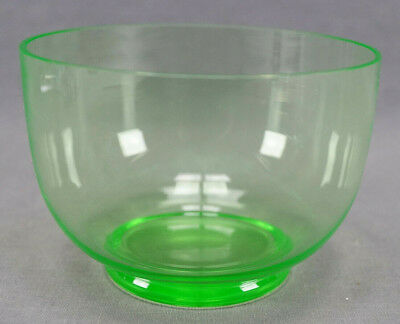 Pair of Late 19th Century Hand Blown Green Vaseline Glass Finger Bowls