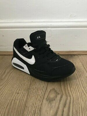 aad3308f9a Youth Size 5 Nike Air Max Ivo Junior Black White Trainers Lace Up EU 38