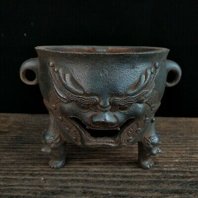 Chinese antique lion Iron stove Brazier