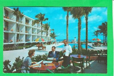 Postcard ~ One of the beautiful motels in southern Florida ~ Vintage 6668