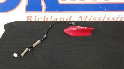 16 Honda Hr-V Shark Fin Style Roof Mounted Antenna Red