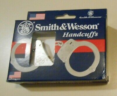 Smith & Wesson Model 100 Nickel Finished Handcuffs (new in box)