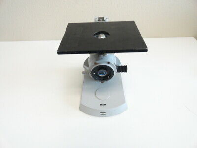 P28: Carl Zeiss Microscope for parts or repair