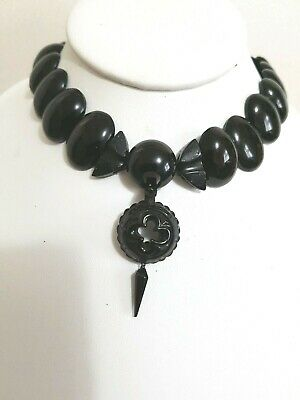 Antique. Victorian Whitiby Jet Choker Necklace Beautiful Carved Gothic Pendant