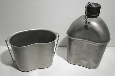 Vintage 1945 WW2 US Army Canteen & Cup Cover Vollrath Co.