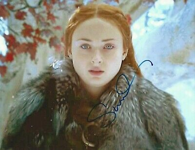 """GAME OF THRONES photo signed by SOPHIE TURNER """"Sansa Stark"""", with COA, 8.5x11"""