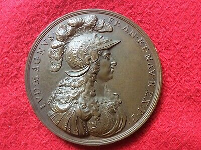 Louis Xiv The Sun King Bronze Medallion.
