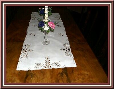 Pretty Vintage Madeira Embroidered Linen Table Runner Or Bureau Scarf