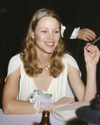 Michelle Phillips Candid 1970's Mamas and the Papas singer 8x10 Photo