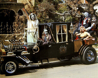 The Munsters Fred Gwynne Butch Patrick Pat Priest Koach Car by mansion Photo