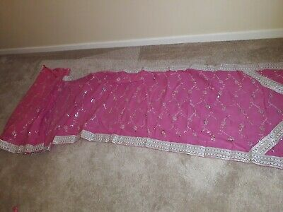 Pink Saree & Blouse Suit with silver patterns for 5-6 year old girls