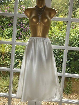 Vintage Ultra Femme 1980s BHS Slinky Liquid Satin Longer Length Half Slip Large