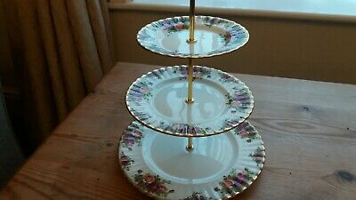 Stunning Royal Albert Old Country Roses 3-Tier  Graduated Cake Stand