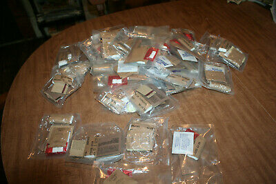 Lot Of 2.5 Pounds Of Genuine Marine MRE Meal Clean Up Packages See Pix!!