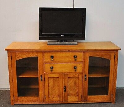 Lovely Antique / Vintage Rustic Maple Tv Cabinet * Sideboard * Buffet  c1930s