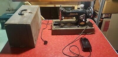 Vintage Dial-O-Matic Electric Sewing Machine w/ Case And Foot Pedal - Modern Age