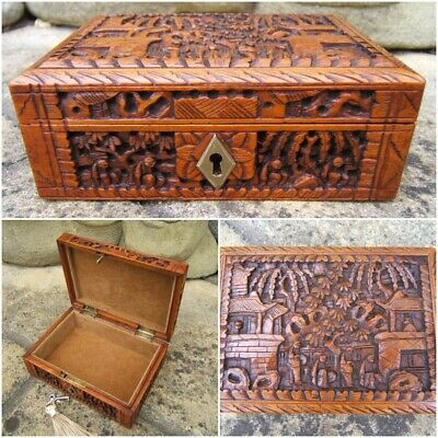 Terrific Rare 19C Antique Chinese Hand Carved Box - Fab Interior