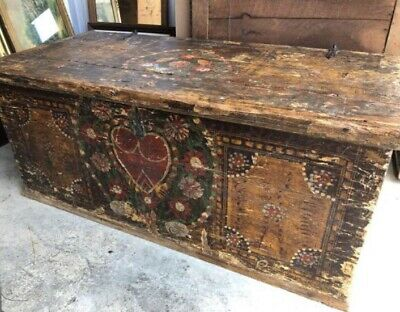 antique 1800s American immigrant blanket chest with original 1907 wedding paint