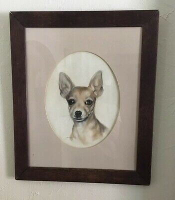 Oak frame with portrait of a Chihuahua