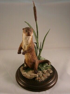 Country Artists CA 498 Otter Standing Figurine