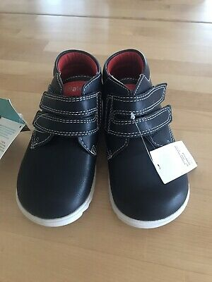 New toddler boys Walkmates leather boots size 7