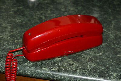 Vintage Telecom Slimline 10 wall or table phone - Fire engine Red - retro style