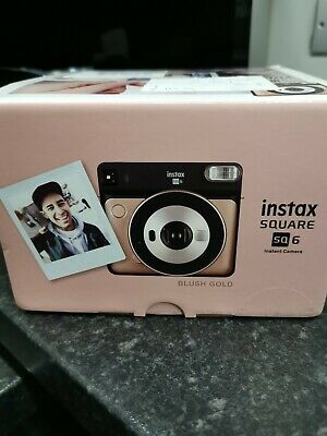 Fujifilm Instax Square SQ6 Instant Camera In Blush Gold