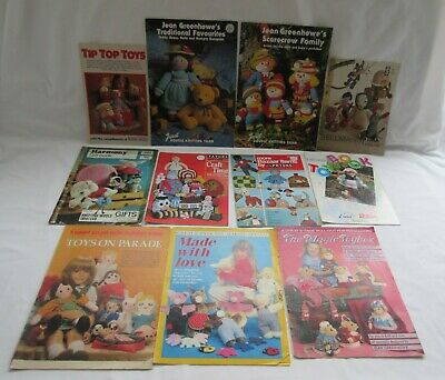 11 assorted vintage dolls toys & other items mostly knitting patterns incl p&p